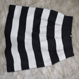 Express Black and White Skirt, Size Small!